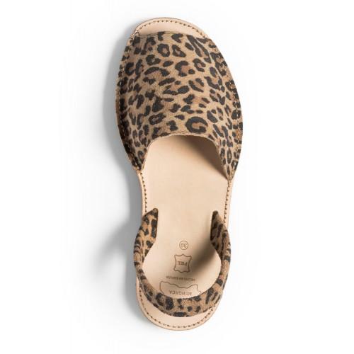 spaanse sandalen-Menorquina-Avarca-Ibiza-dames-luipaard-500×500