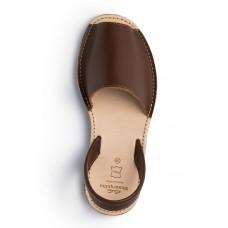 Menorquina-avarca-bruin-sandaal-slipper-spanje-228×228