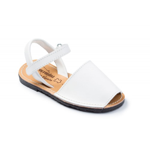 wotte-sandaal-kind-bruiloft-spanje-menorquina