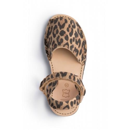 Spaanse-sandaal-kinder-panter-menorquinasnl-500×500-2